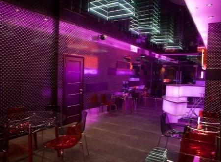 Adrenalina si placere la 5d cinema cafe for 5d cafe